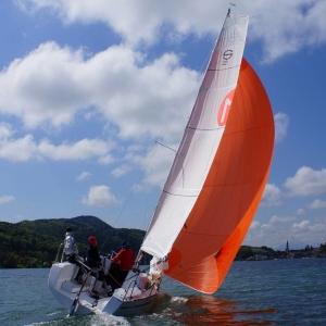 Personal Trainings, Spi und Gennakertraining am eigenen Boot und Training auf der Bundesliga Sunbeam 22.1 - Segelschule Sailsports